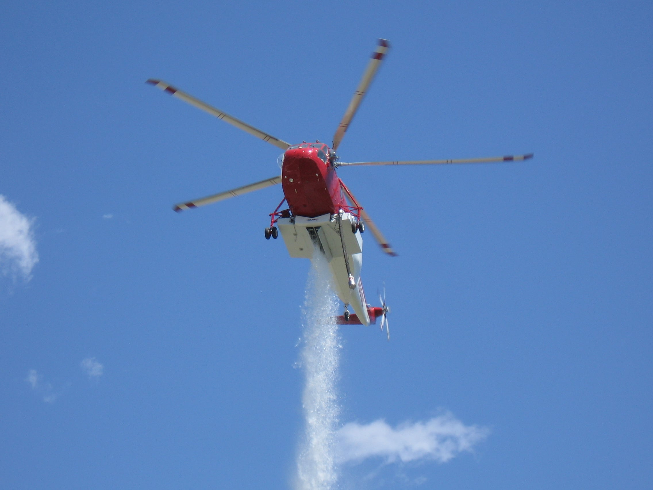 Billings Flying Service Putting Water Tanks Inside Helicopters to Better Fight Fires